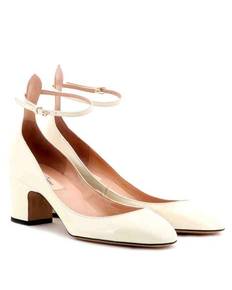 outdoor wedding shoes  wont sink   grass