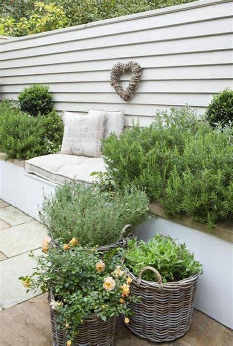 Sitzecke Garten In Bilder Suchen  Hulbee  Garten H24