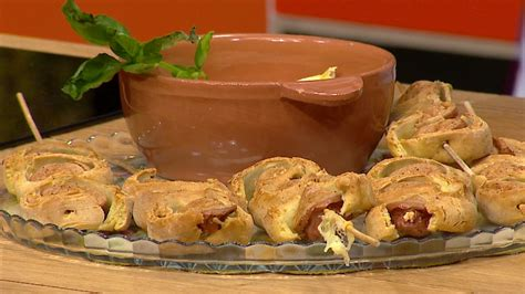Shishqebap me salçiçe Wudi - Receta nga Florenca Reçi - Abc News