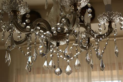 interesting magnetic crystals for chandeliers as your