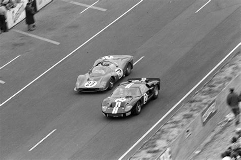 Based on the true story, visionary car designer carroll shelby (matt damon) and fearless driver ken miles (christian bale) take on the race cars of enzo ferrari in le mans in 1966. Ford v Ferrari: the real story of Le Mans '66 & Ken Miles | Motor Sport Magazine