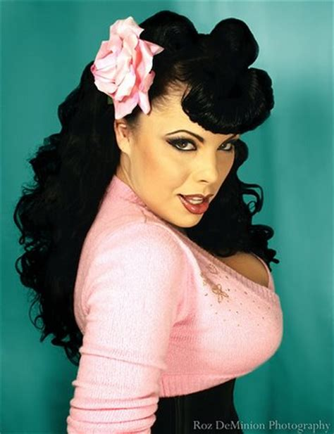 hair pin up style pin up hair achieve the retro and look of a pin up 2637