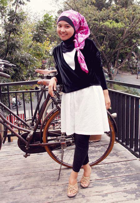 fashion hijab gaya simple sehari hari tifani anglila
