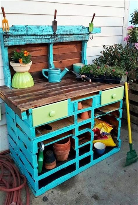 diy recycled pallet potting tables ideas  pallets