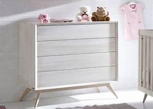 chambre de bebe chambre d39enfant design scandinave chez With chambre bébé design avec fleur en box