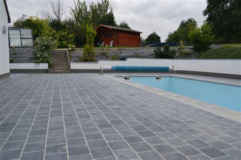 piscine avec siege entreprise danhier les spécialistes des terrasses accès
