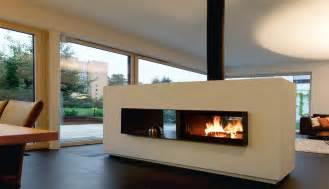 kamine modernes design moderne feuerstellen kachelöfen grundöfen und design kamine aus stahl stahlofen ofendesign