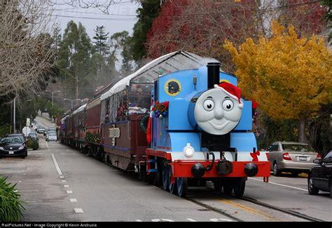 santa cruz holiday lights train locomotive details