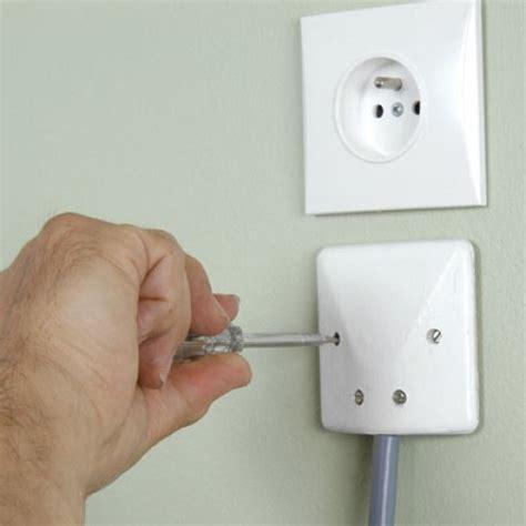 branchement electrique cuisine encastrer un four électrique dans une cuisine aménagée