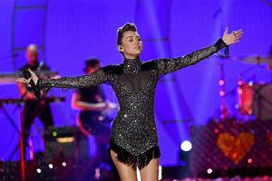 7 Ways Miley Cyrus Has Made Us So Proud in 2017