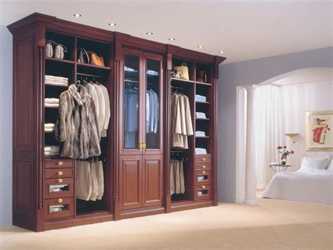 3 Foot Wide Wardrobe by Closet Style The Difference Between Walk In Reach In