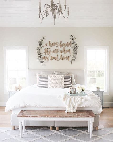 decorating master bedroom walls best 25 coastal master bedroom ideas on pinterest beach 15109 | 6286faa3147f7c5bd36b2d4986c9eb84