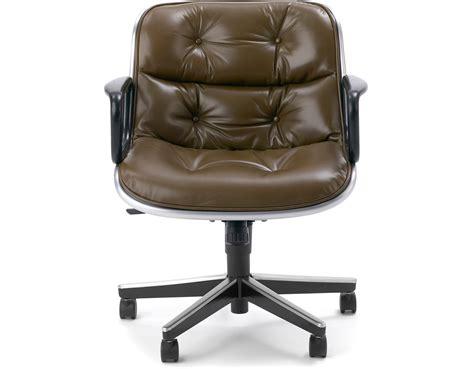 charles pollock executive chair hivemodern