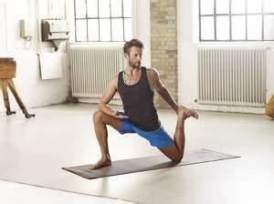 Abnehmen Mit Pilates : abnehmen mit yoga schlank stark sch n mit yoga fit for fun ~ Frokenaadalensverden.com Haus und Dekorationen