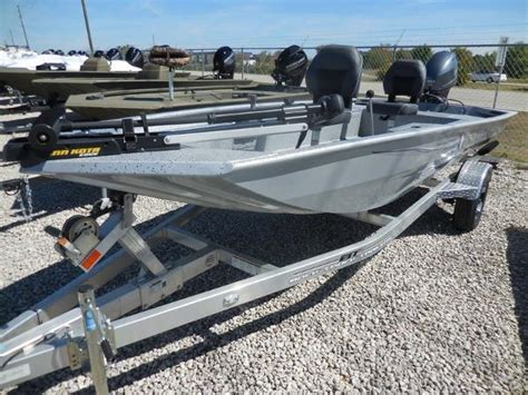 Xpress Boats Crappie by Xpress Boats Boats For Sale Boats