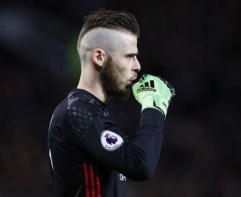David de gea quintana (spanish pronunciation: David De Gea sports stunning new mohawk during Manchester United's clash with Everton - Daily Star