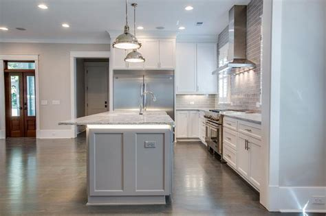 kitchen island  countertop lighting transitional