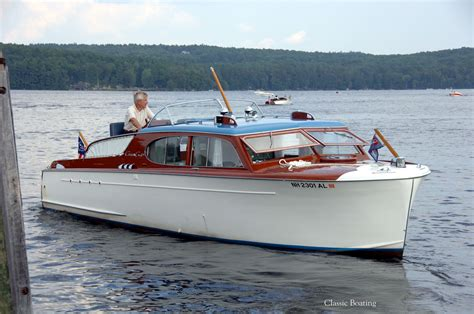 Enclosed Express Boats by 1950 Chris Craft 28 Deluxe Enclosed Cruiser Chris