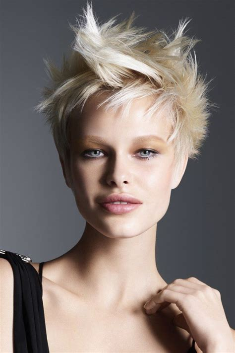 127 best cheveux courts coiffures courtes images on