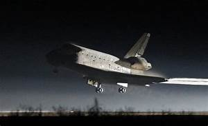 NASA Space Shuttle Atlantis Final Landing Photos