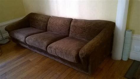 canapé a donner donne armoire ancienne très bon état gratuit 24120 la