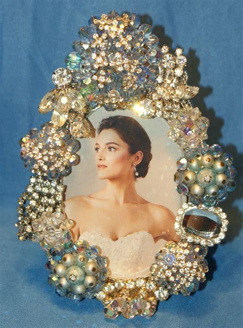 reuse  broken jewelry creative   ideas