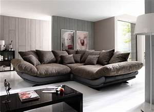 Large sectional sofa in small living room 1025thepartycom for Large sectional sofa in small living room