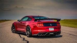 2020 Ford Mustang Shelby GT500: A star on a drag strip and road course - Roadshow