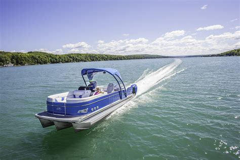 Top 10 Luxury Pontoon Boats by 10 Top Pontoon Boats Our Favorites Boats