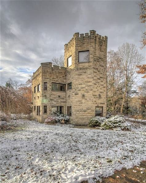 wilmington pa usa castle home  partial moat