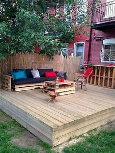 Best 25+ Pallet patio decks ideas on Pinterest Pallet