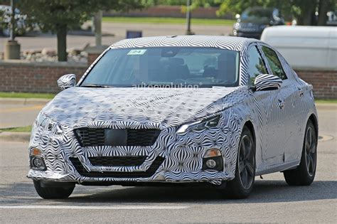 altima nissan spyshots 2019 nissan altima shows interior model targets