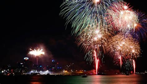 auckland council votes   fireworks ban  government