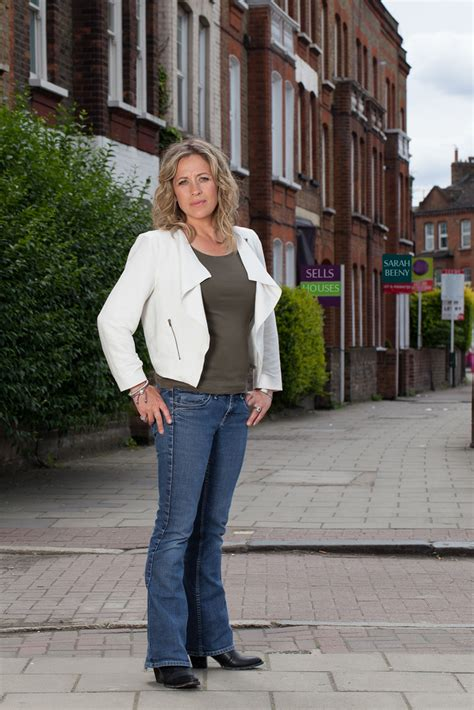 sarah beeny selling houses  home channel