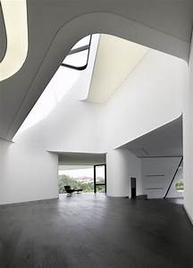 The most futuristic house design in the world digsdigs for Futuristic house interior