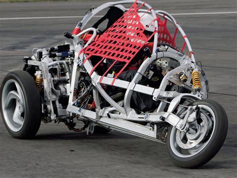 clever le vehicule  trois roues intelligent