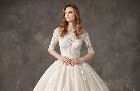7 Dreamy Wedding Dress Styles
