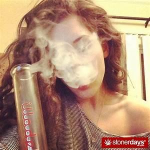 Stoners Rise with Red Eyes - Stoner Pictures - Marijuana