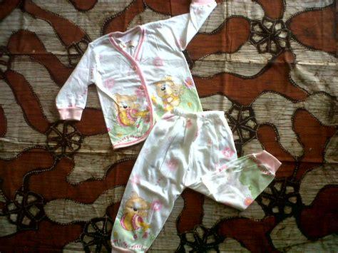 piyama mickey grosir dan eceran baju bayi baby shop bantal bayi lucu