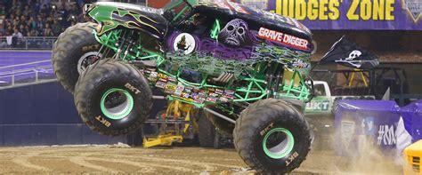 monster trucks youtube grave digger portland or moda center monster jam
