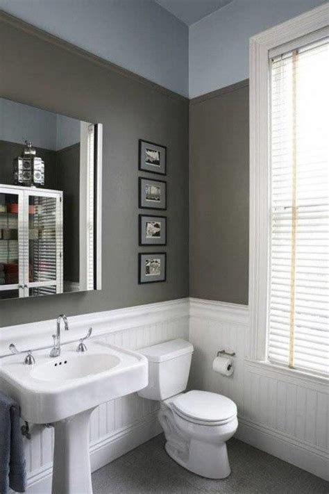 Bathroom Wall Colors Pictures by White Beadboard Wainscoting In Bathroom With Grey Wall