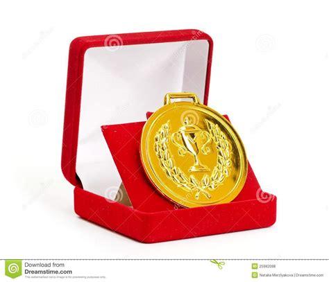dans le cadre de m 233 daille d or dans le cadre de cadeau photos libres de droits image 25982098