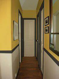 deco peinture couloir entree couloir pinterest deco With peindre un couloir en 2 couleurs 8 construction maison peinture