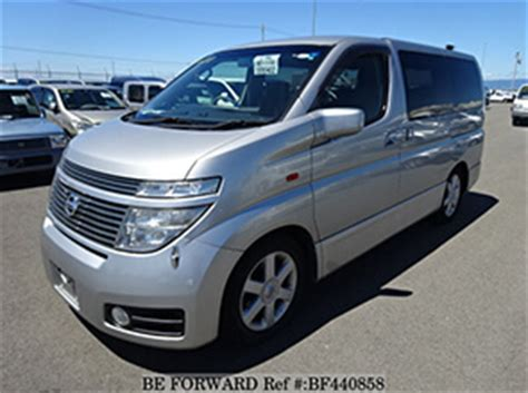 Nissan Elgrand Backgrounds by Nissan Elgrand Vs Toyota Alphard Comparison Review Be