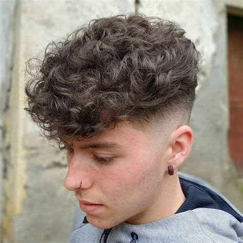 Curly Hairstyles For Boys by 50 Best Curly Hairstyles Haircuts For 2019 Guide