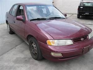 Parting Out 1997 Kia Sephia - 100447