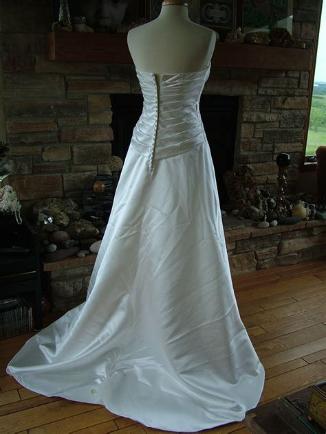 wedding dress diamond white strapless figure flattering