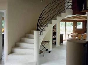 Decoration salon avec escalier for Deco salon avec escalier
