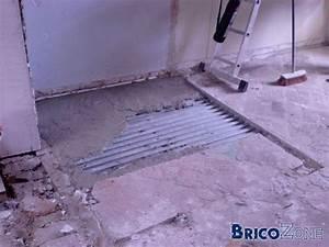 Faire Un Plancher Bois : faire une salle de bain avec un sol en plancher ~ Dailycaller-alerts.com Idées de Décoration