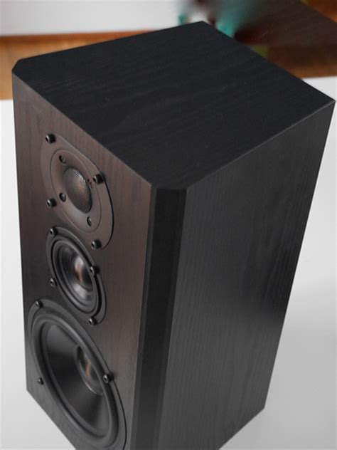 Bookshelf Speaker Setup - bryston mini a bookshelf speakers review hometheaterhifi